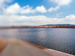 Jaz piętrzący na rzece Wieprzy