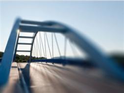 Most na rzece Brzeźnica na DW 295